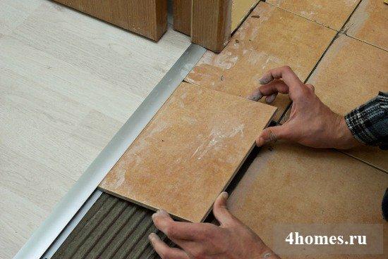 Переход между плиткой и ламинатом: важная деталь оформления интерьера