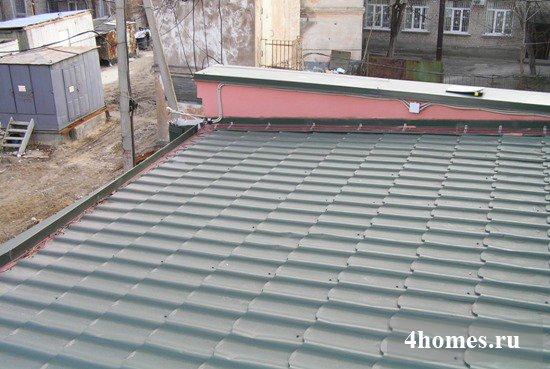 Монтаж мягкой кровли при минимальном уклоне крыши