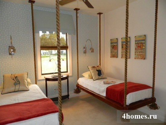Подвесная кровать как способ оригинально оформить спальню и сэкономить пространство