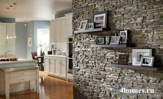 Как использовать декоративный камень в интерьере прихожей: фото