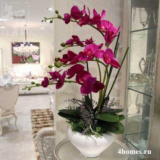 Искусственные цветы для домашнего интерьера – оригинально, стильно, современно!